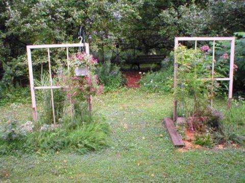 backyard windiws garden trellis diy ideas