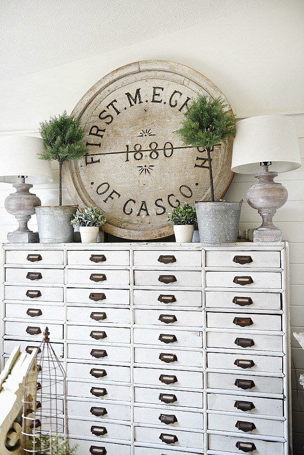 farmhouse elements antique furniture rustic