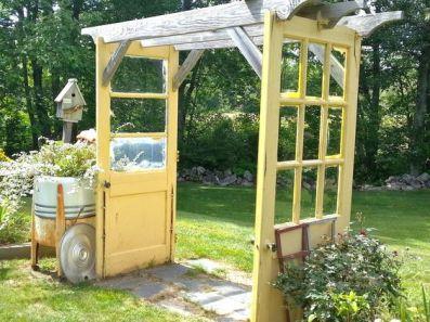 garden diy backyard vintage doors reclaimed